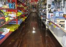 DIAMONDCOAT shown on supermarket floor