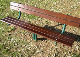 The same bench after three thin coats of Phoenix JARRAH TIMBERSTAIN.