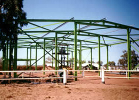 Steel factory frame in north west of W.A, primed with METALFIX 1000 and top coated with lime green KINGCOAT.