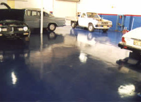 Royal blue MAXICOAT in an Auto repair and service centre.